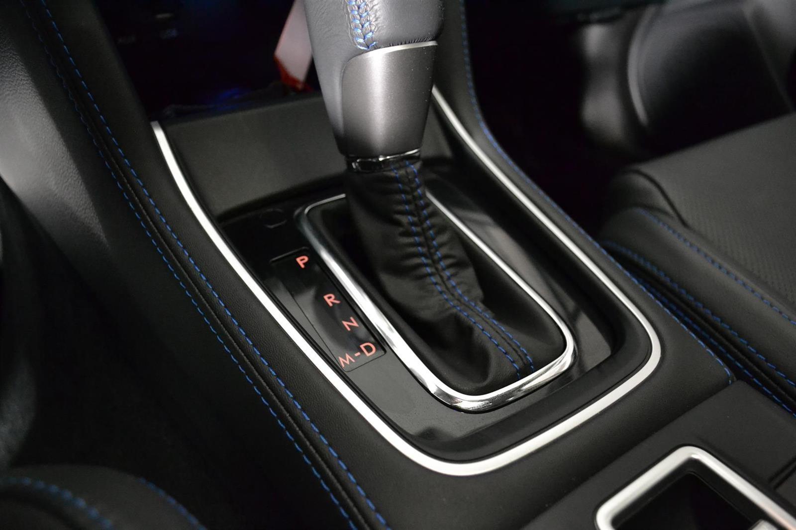 Subaru Levorg Slide 24