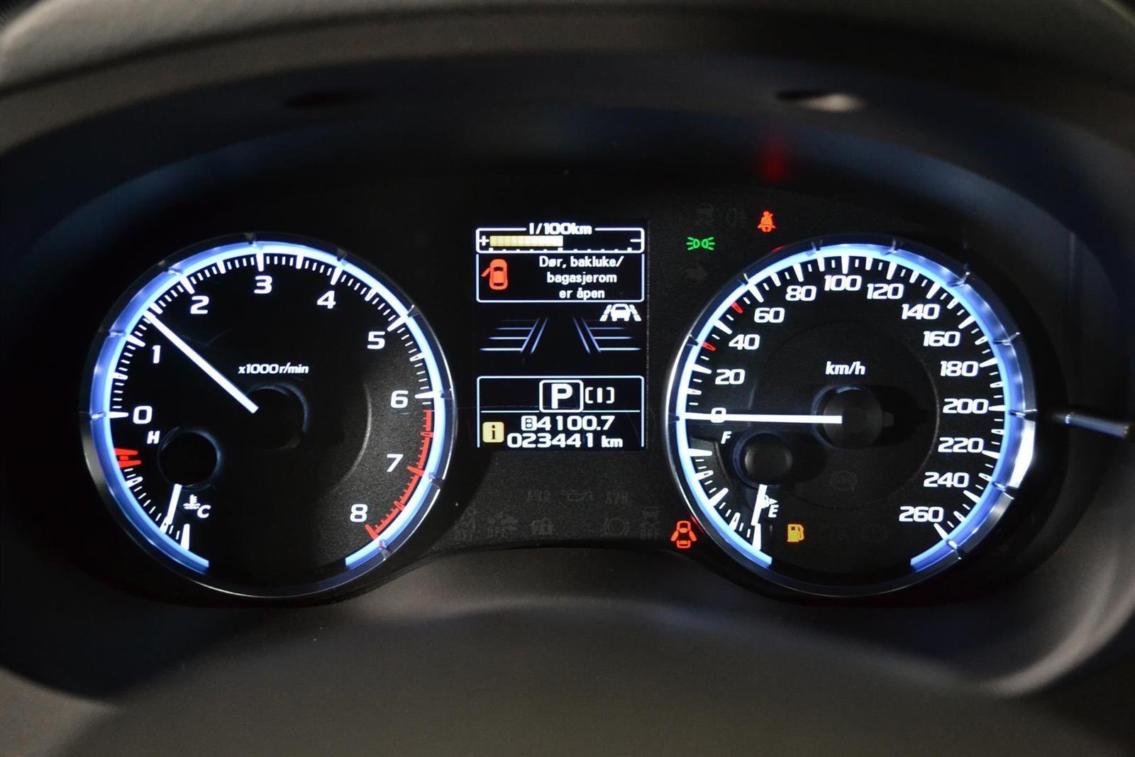 Subaru Levorg Slide 33