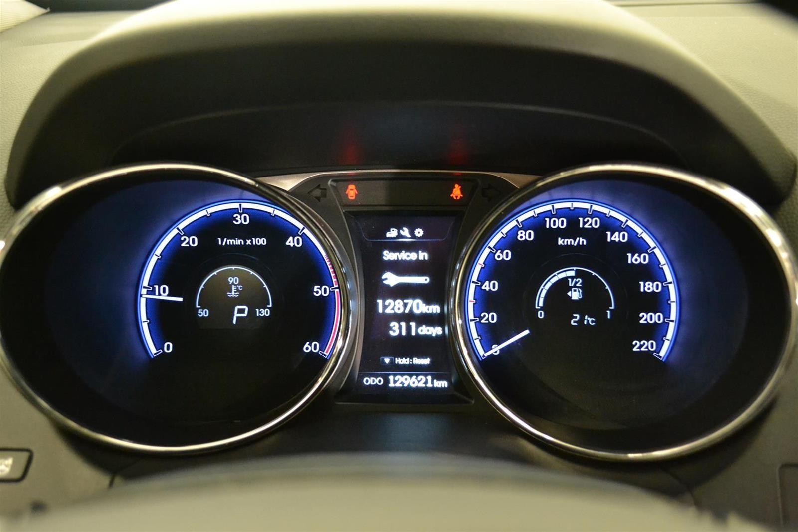 Hyundai ix35 Slide 16