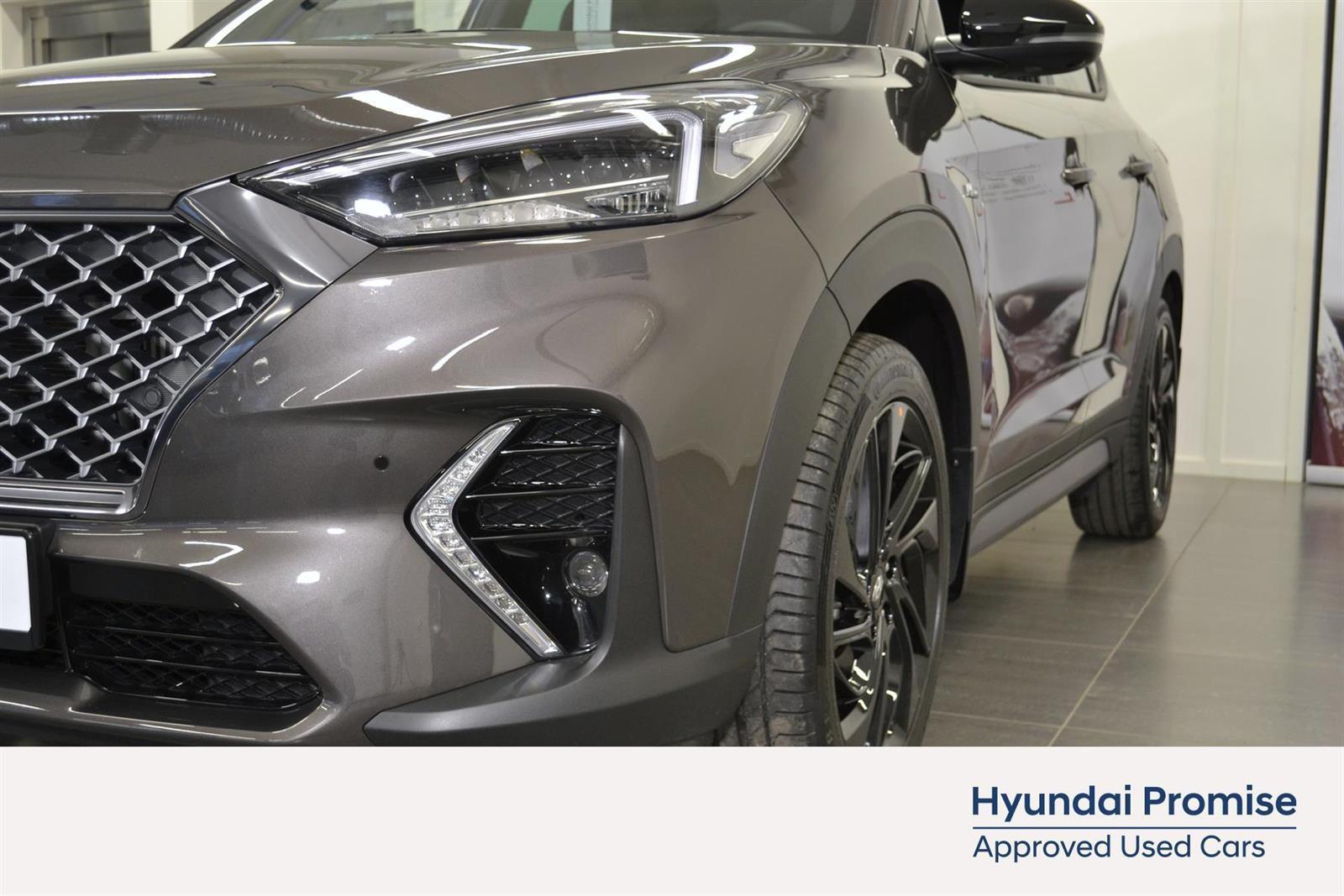 Hyundai Tucson Slide 5