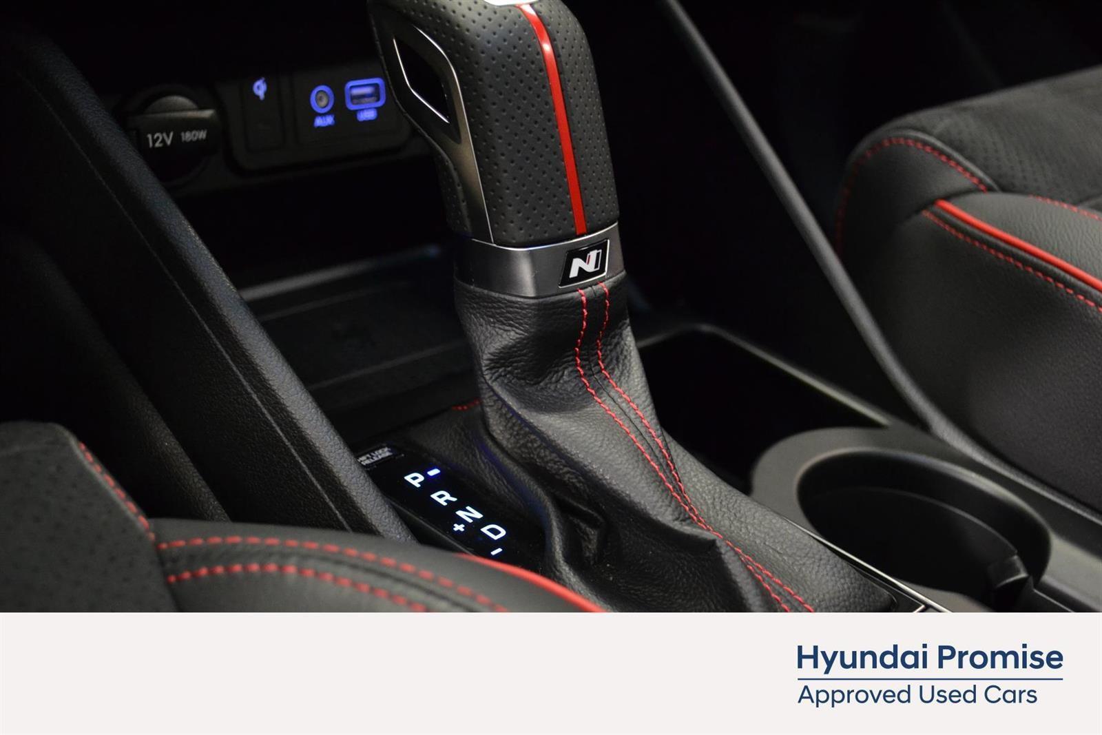 Hyundai Tucson Slide 25