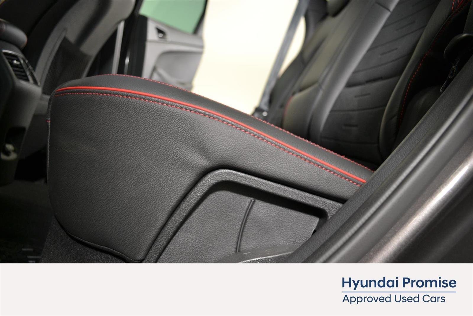 Hyundai Tucson Slide 14