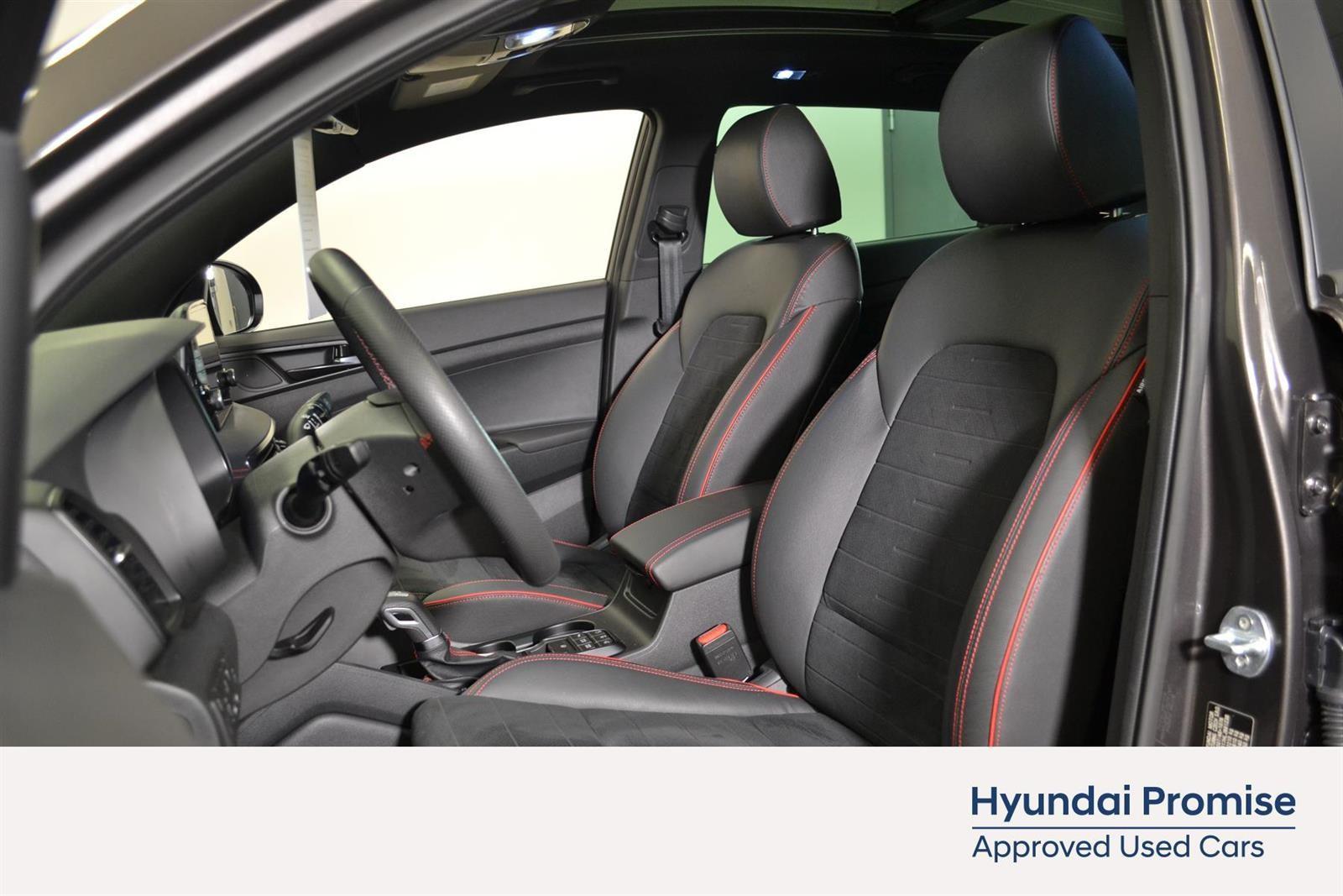 Hyundai Tucson Slide 17