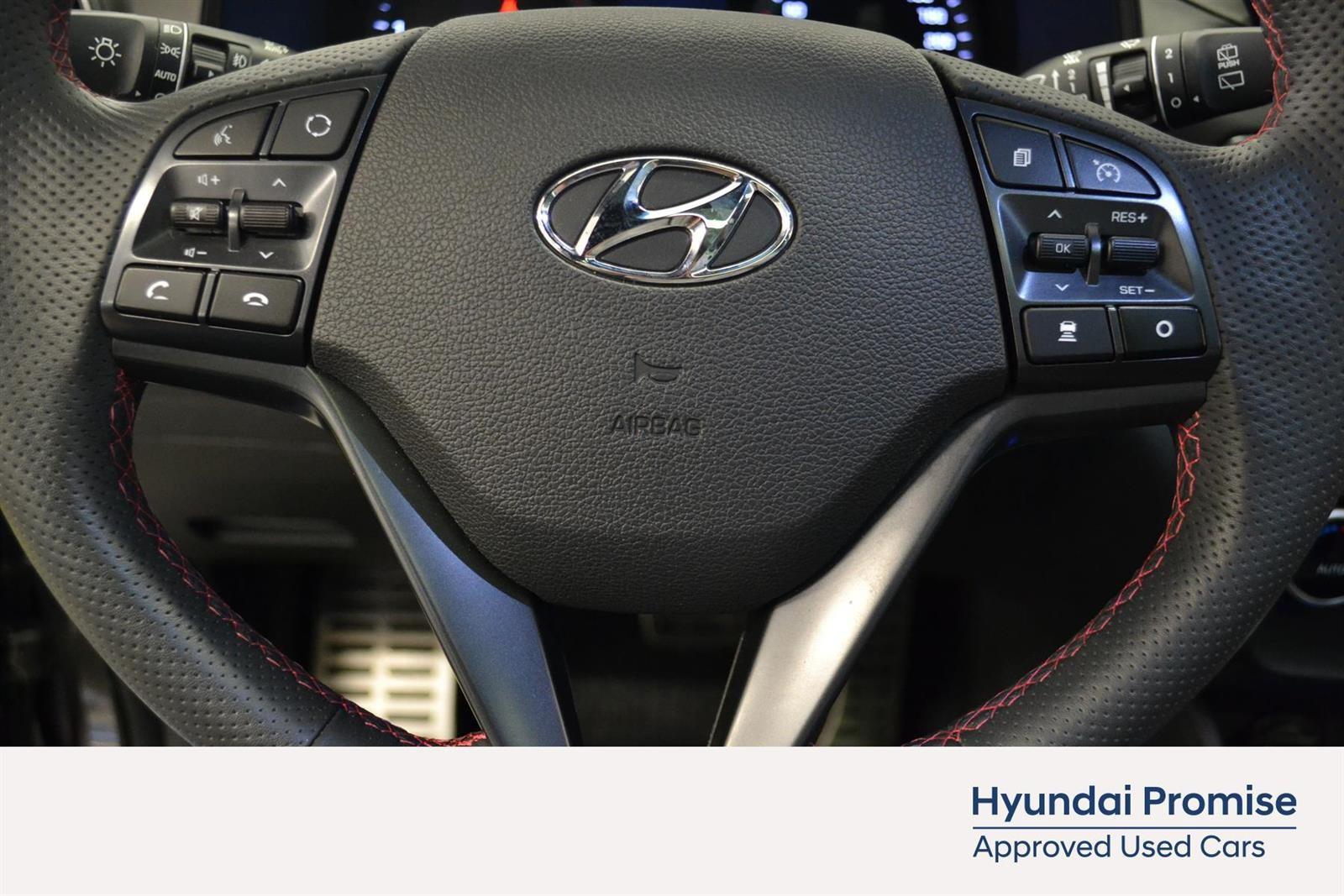 Hyundai Tucson Slide 19