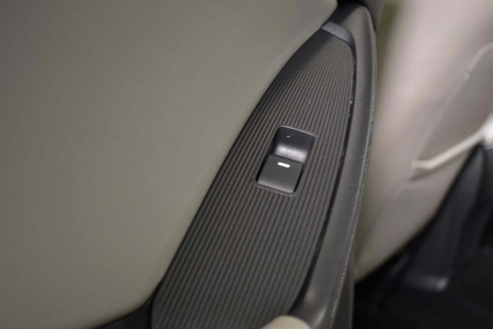 Mazda CX-5 Slide 13