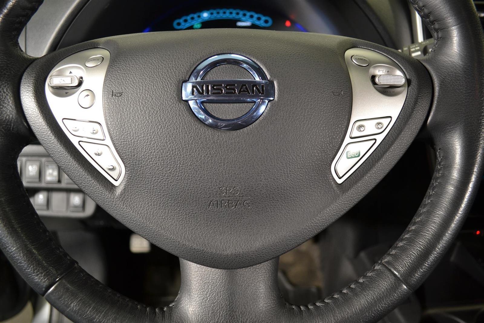 Nissan Leaf Slide 12