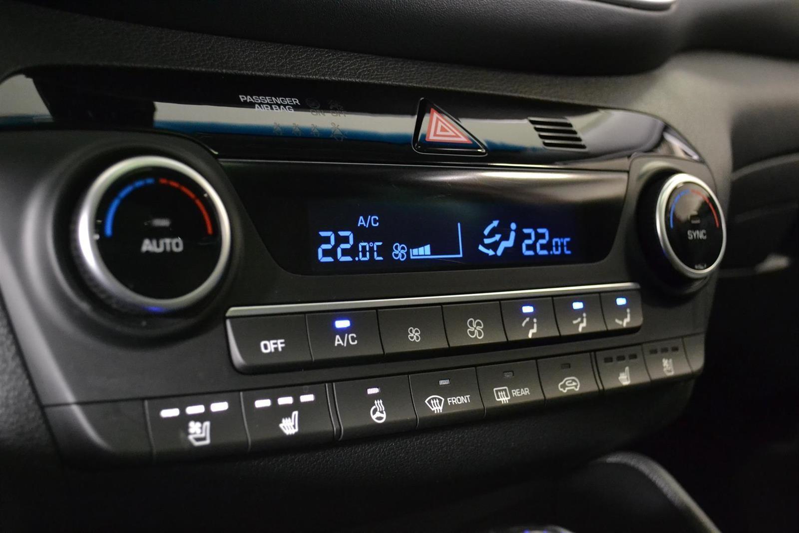 Hyundai Tucson Slide 21