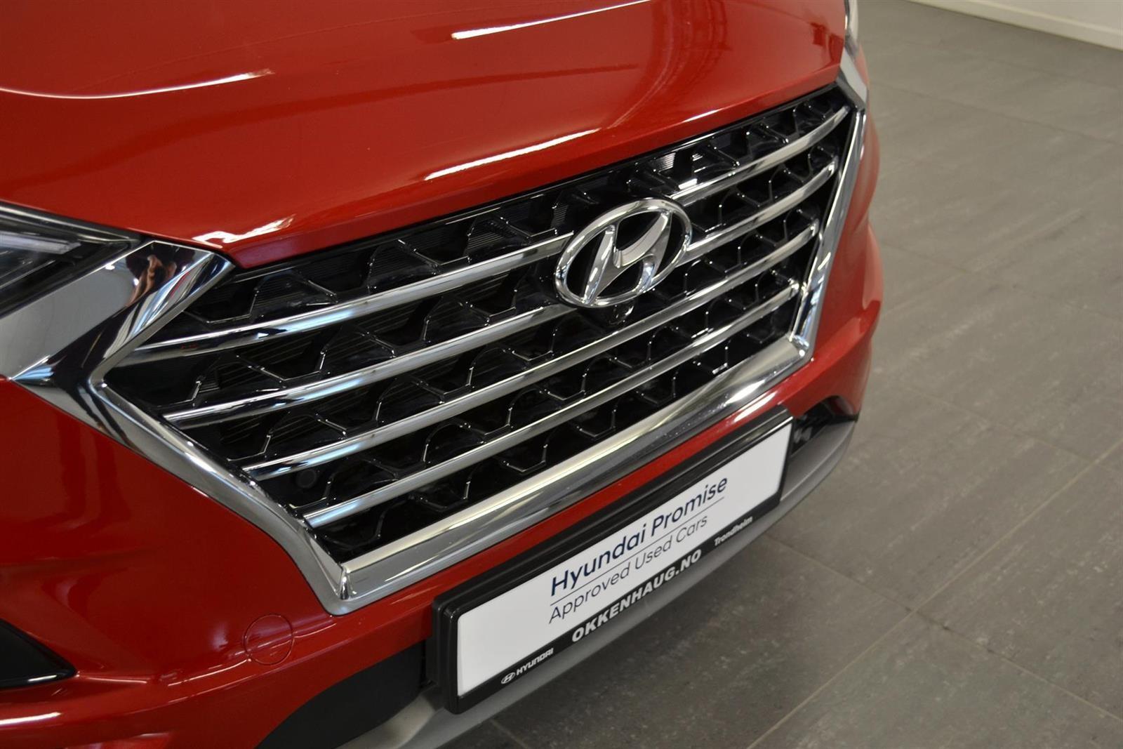 Hyundai Tucson Slide 1
