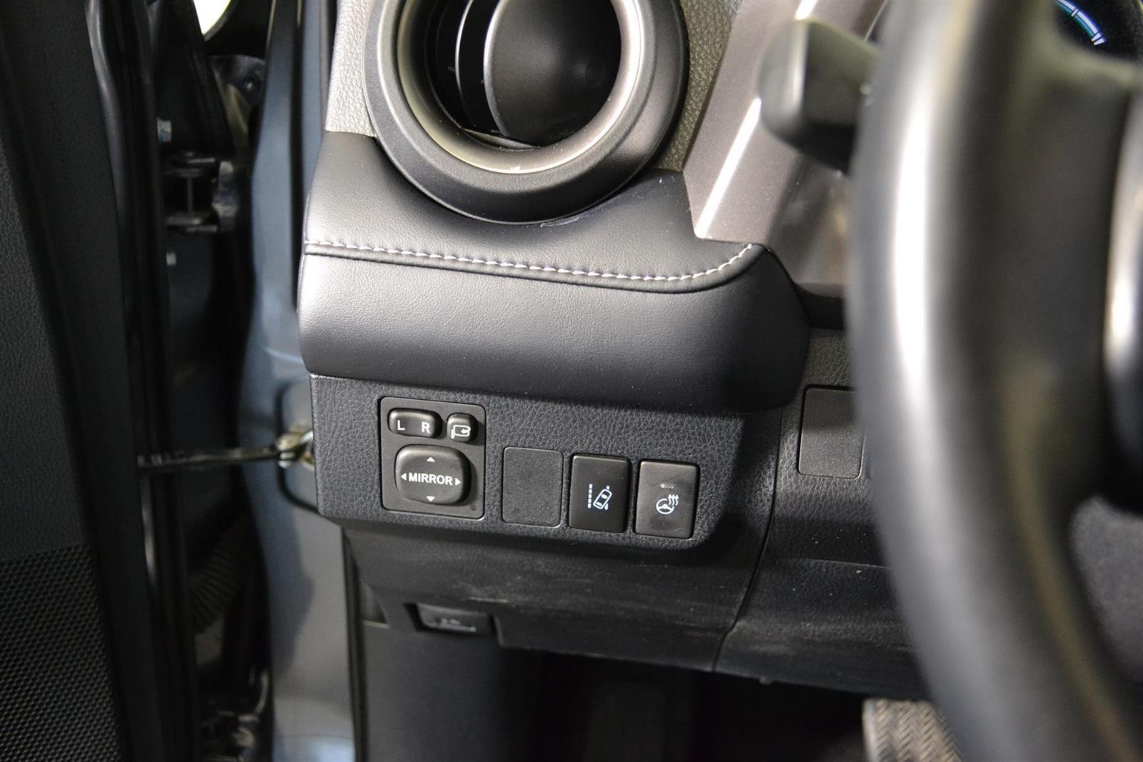 Toyota RAV4 Slide 18