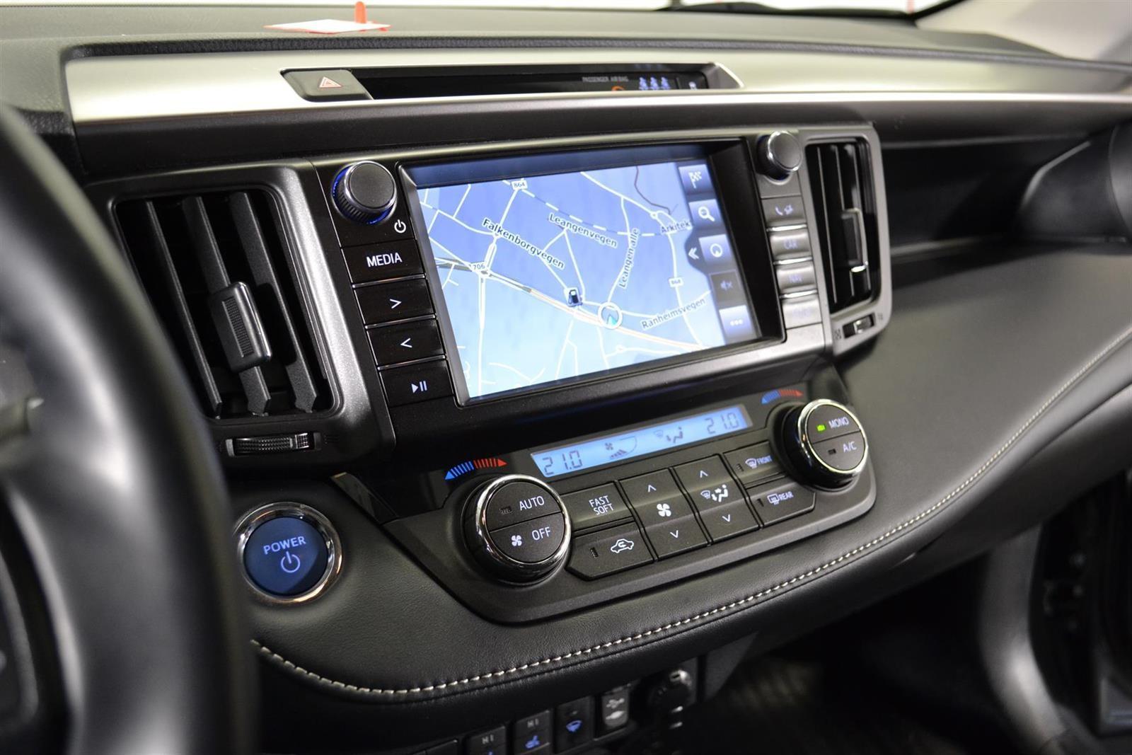 Toyota RAV4 Slide 21