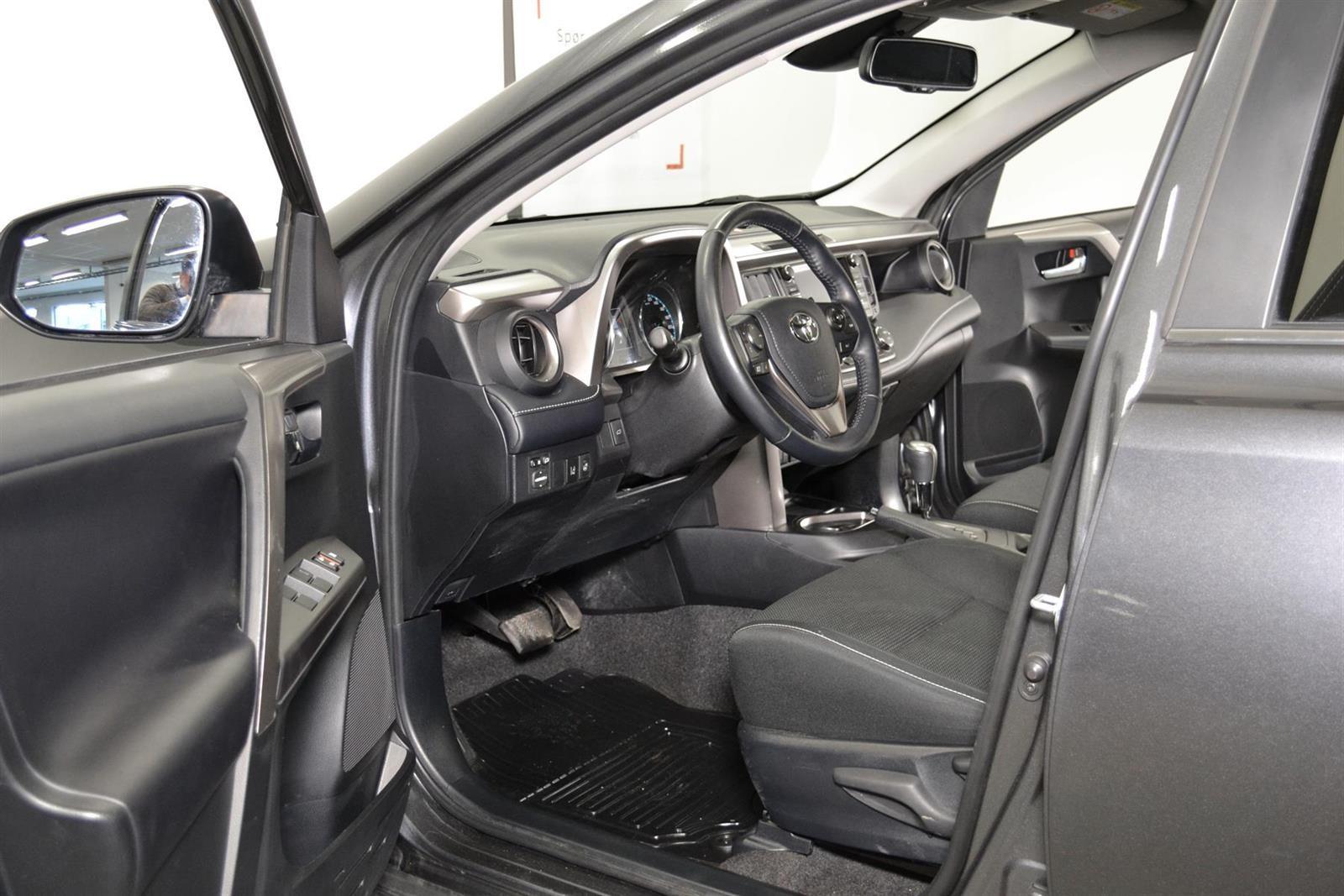 Toyota RAV4 Slide 14