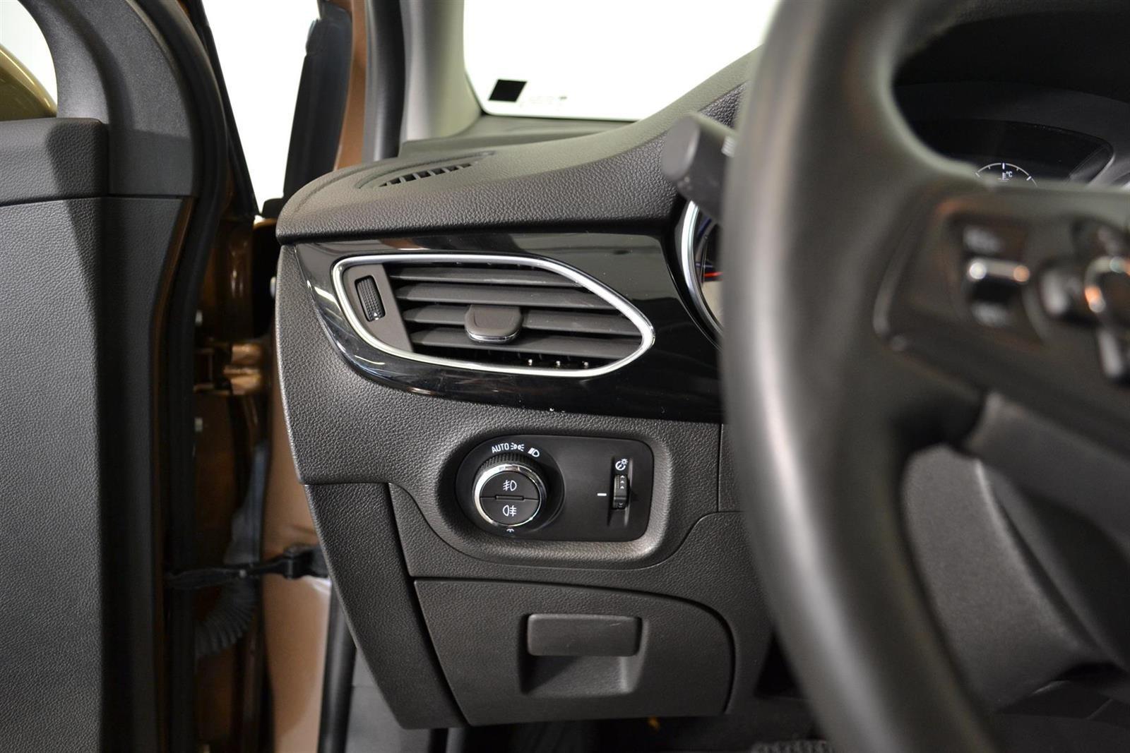 Opel Astra Slide 16
