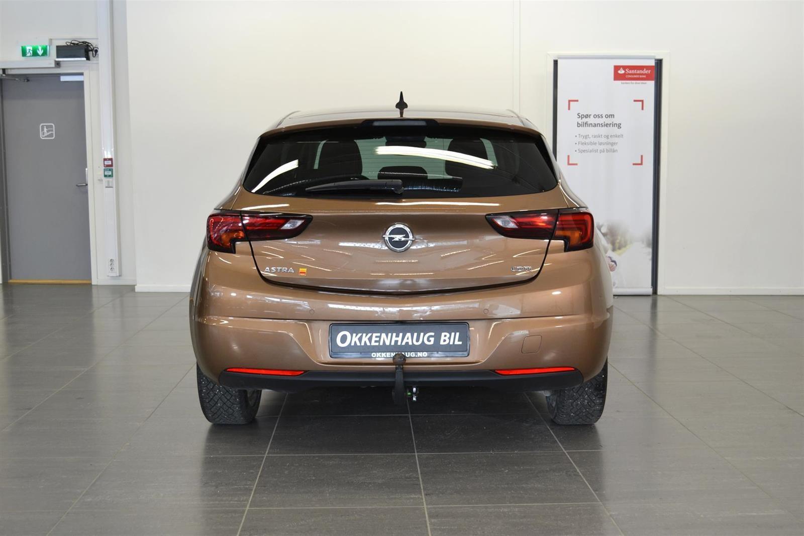 Opel Astra Slide 5