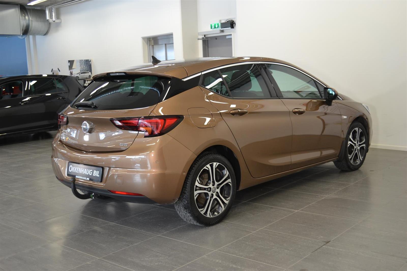 Opel Astra Slide 6