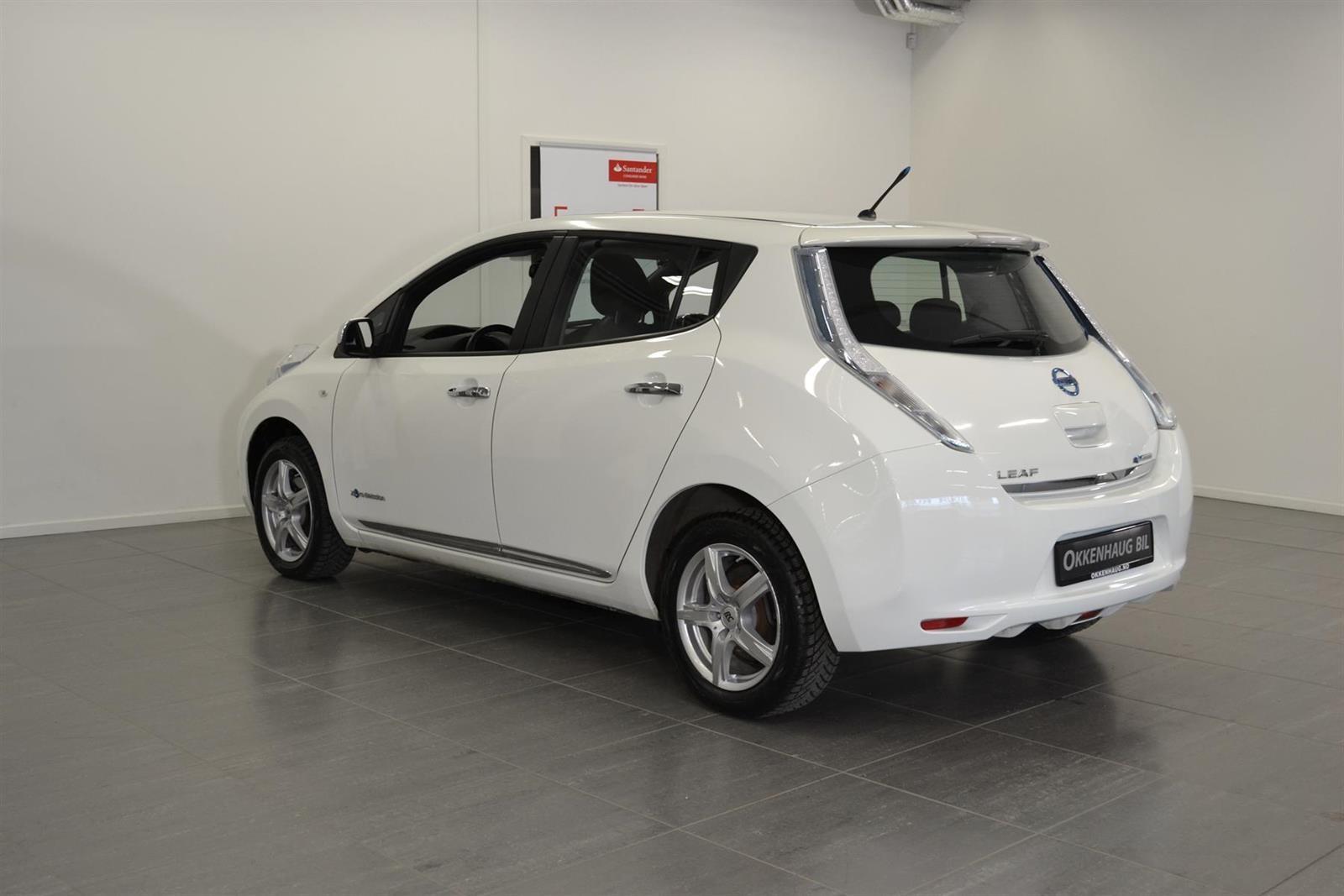 Nissan Leaf Slide 3