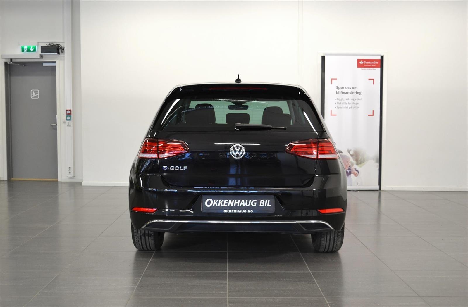 Volkswagen Golf Slide 5