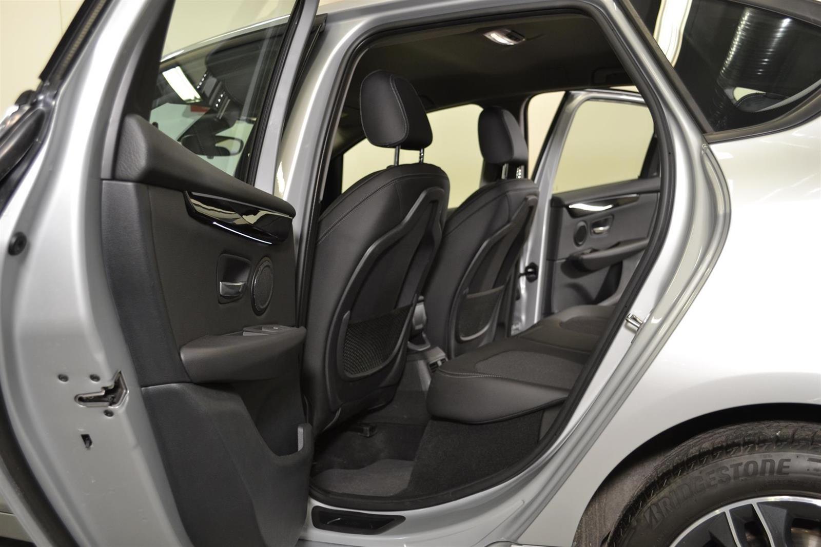 BMW 2-serie Slide 6