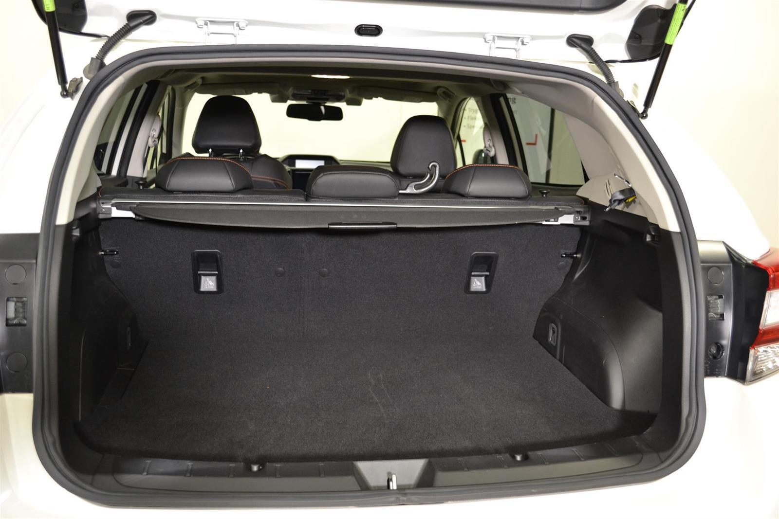 Subaru XV Slide 5