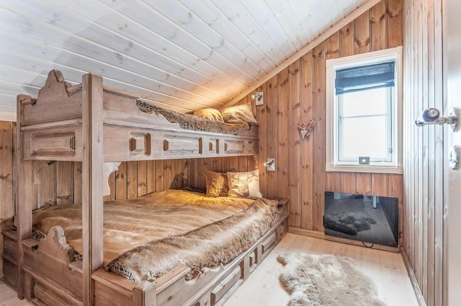 Buen kan plassbygge senger på oppstua og soverommene nede