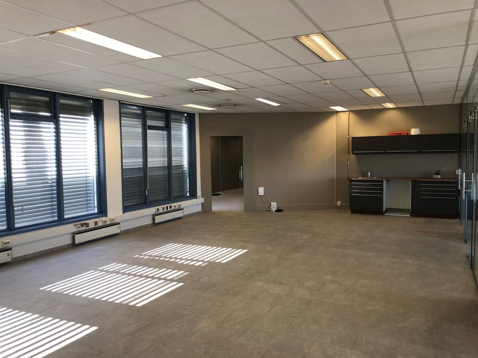 156 kvm kontor -4