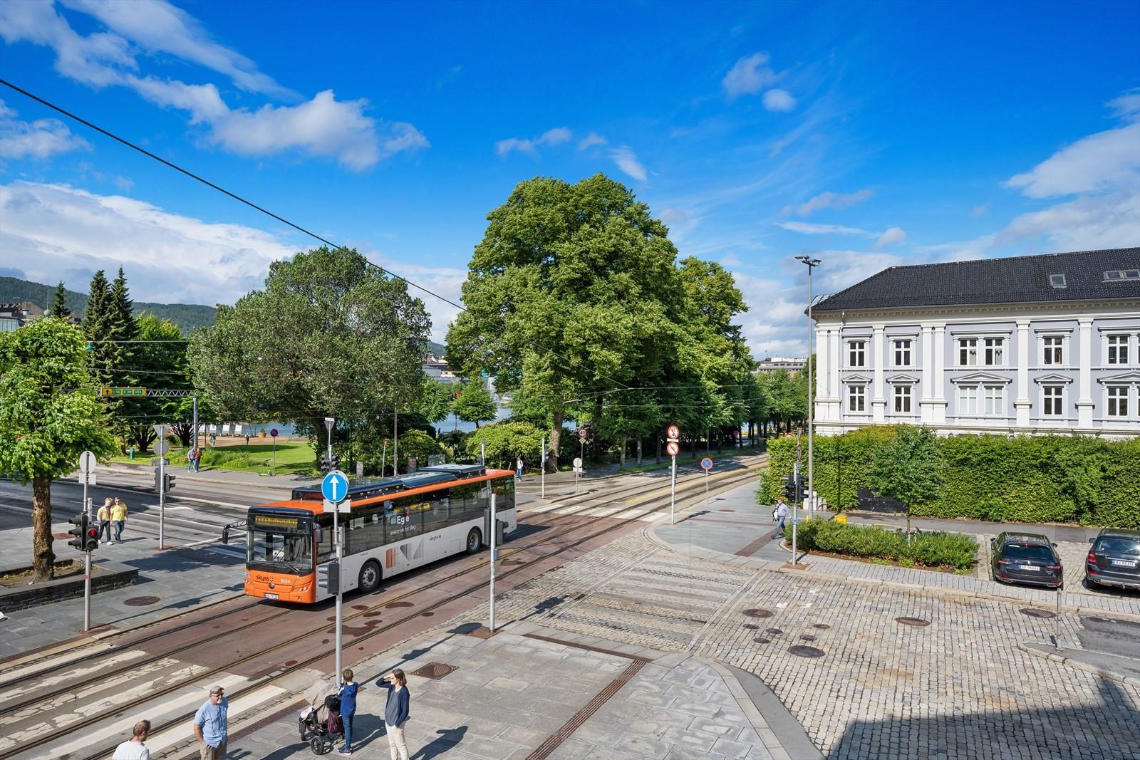 Utsikt fra lokalene mot Lille Lungegårdsvannet