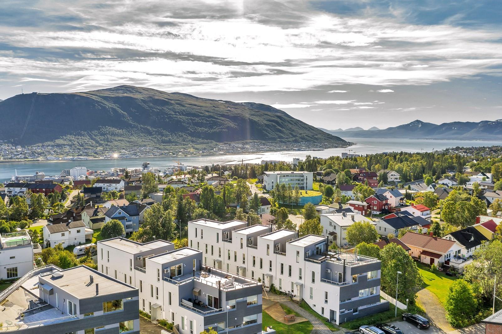 Meget attraktiv beliggenhet på toppen av Tromsøya i ett rolig boområde.