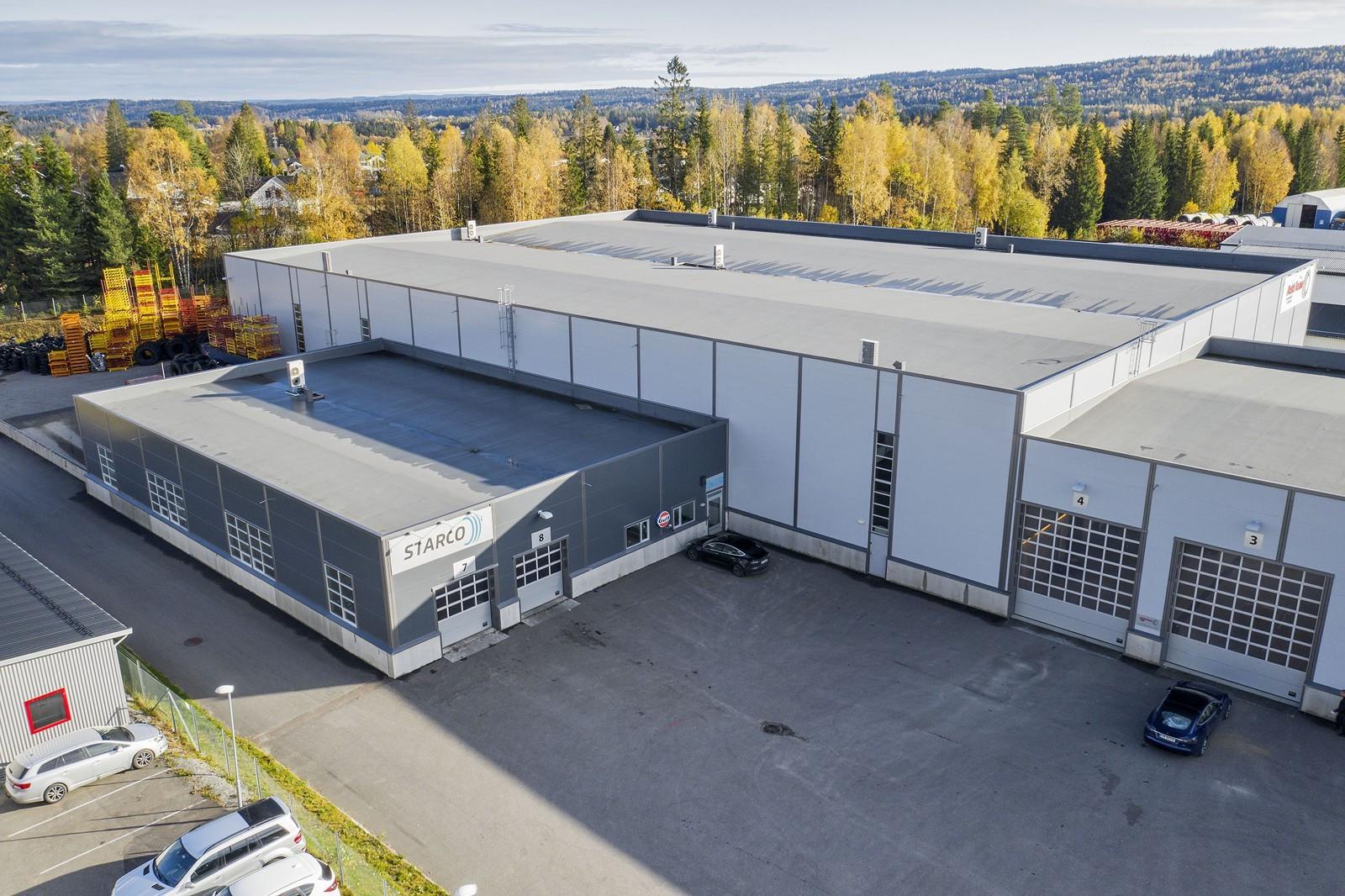 Innkjøring til lager via 2 stk. kjøreporter til varemottak/utlevering