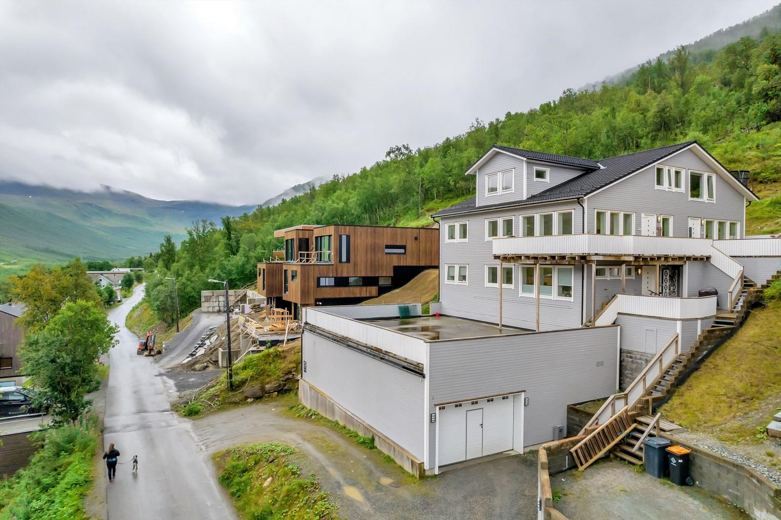 Leiligheten ligger i nyere boligbygg fra 2013