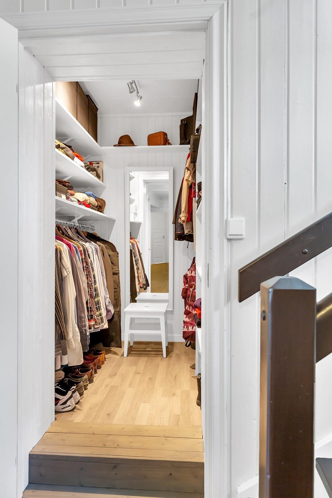 Bod / Walk-in-closet