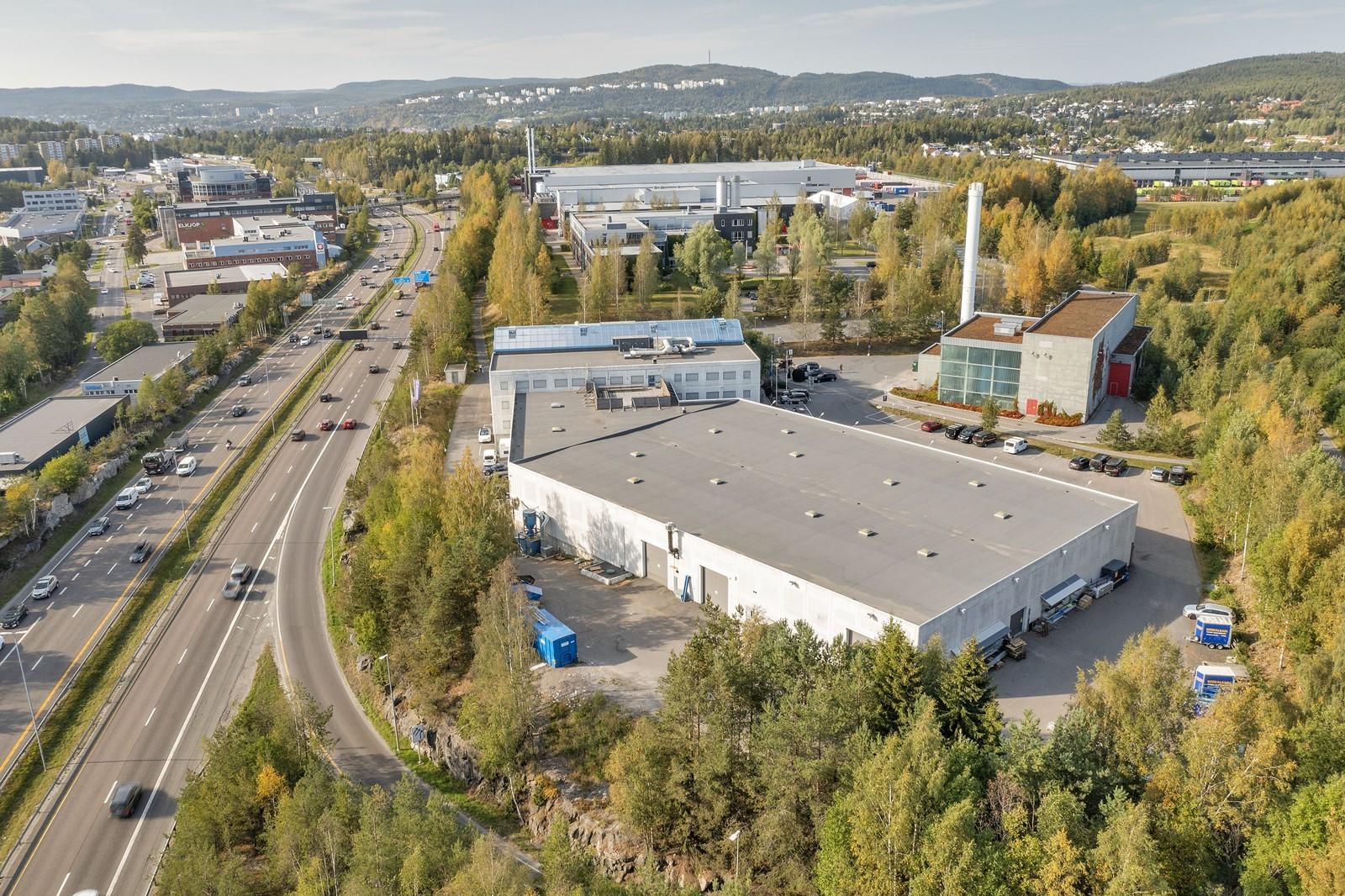 Eiendommen ligger helt på grensen til Oslo