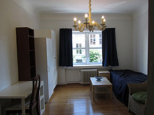 Fully furnished ,very central and quiet for non smoker  , from 26.10