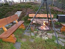 Bord og benk/ krakk til gapahuk/ bålplass