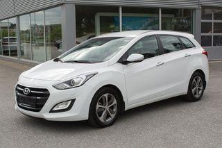 Hyundai i30 stv 1,6 CRDi 110hk Teknikk automat topputstyrt, LAV KM!  2015, 15700 km, kr 208000,-