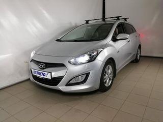 Hyundai i30 1.6  PREMIUM  2015, 105000 km, kr 152775,-