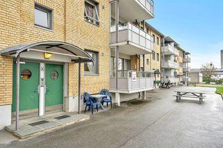 Sentrumsnær leilighet med 2 soverom og vestvendt solrik balkong. Ta kontakt med megler for visning