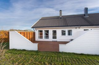 Romslig 2-mannsbolig med stor gårdsplass og mulighet for garasje i Dyngvollveien 40