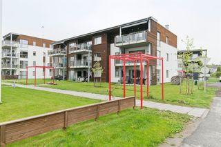 Nyere, strøken 2-roms i Dr. Munks park - 3. etasje. Solrik balkong, heis, parkeringskjeller. Nær sentrum og universitet