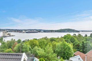 Lettstelt enebolig med fantastisk utsikt over byfjorden!