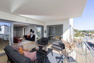Lekker ny leilighet - 3 soverom, to stuer og tre uteplasser, parkering i parkeringskjeller.