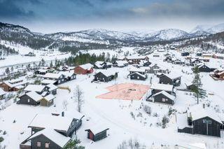 Brokke - Rimelig hyttetomt med beliggenhet på solsiden i Løefjell hytteområde nær skiløyper og alpinbakke