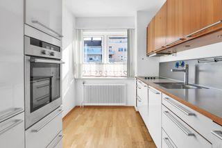 Påmld. visning 29/10! Flott, gjennomgående 3-roms leilighet med 2 balkonger- heis- kan overtas snarlig