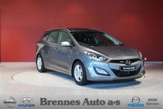 Hyundai i30 1.6  Premium /STV/Lav Km/Skinn/Navigasjon/Ryggekamera/m  2014, 74200 km, kr 134900,-