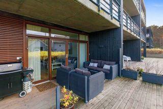 Gimlekollen - Stor romslig 3 roms hjørneleilighet m. stor solrik terrasse.Varmep.inkl. i fellesutgifter.Garasje og heis.