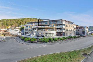 Visning Ons. 4/4 kl 16.30-17.30 Flott 3-roms eierleilighet i sentrum med heis, garasje og solrik terrasse.