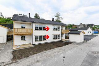 2 nye innflytningsklare leiligheter på ca 80 kvm med carport. Flott beliggenhet. Ta kontakt med megler for visning.