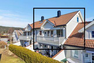 Meget sentralt beliggende leilighet i barnevennlig boligområde - balkong