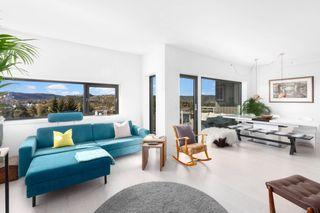 Stor og særdeles pen leilighet med solrik balkong og flott utsikt -  Garasje - Påkostet og oppgradert kjøkken