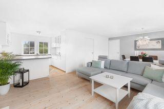 Selveier leilighet i Grimstad sentrum, pusset opp i nyere tid, 3 soverom og parkering!