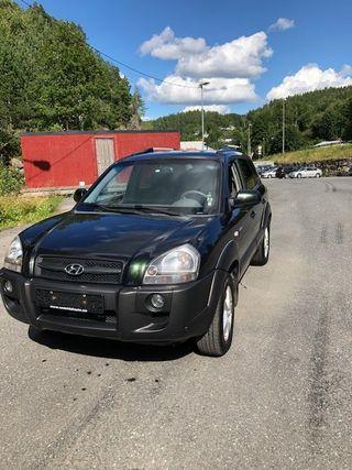 Hyundai Tucson 2.0 4WD MANUEL  2006, 213011 km, kr 30649,-