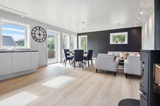 Ny enebolig med høy standard - Alt på ett plan - Sentralt og populært boligområde - Solrikt og fin utsikt